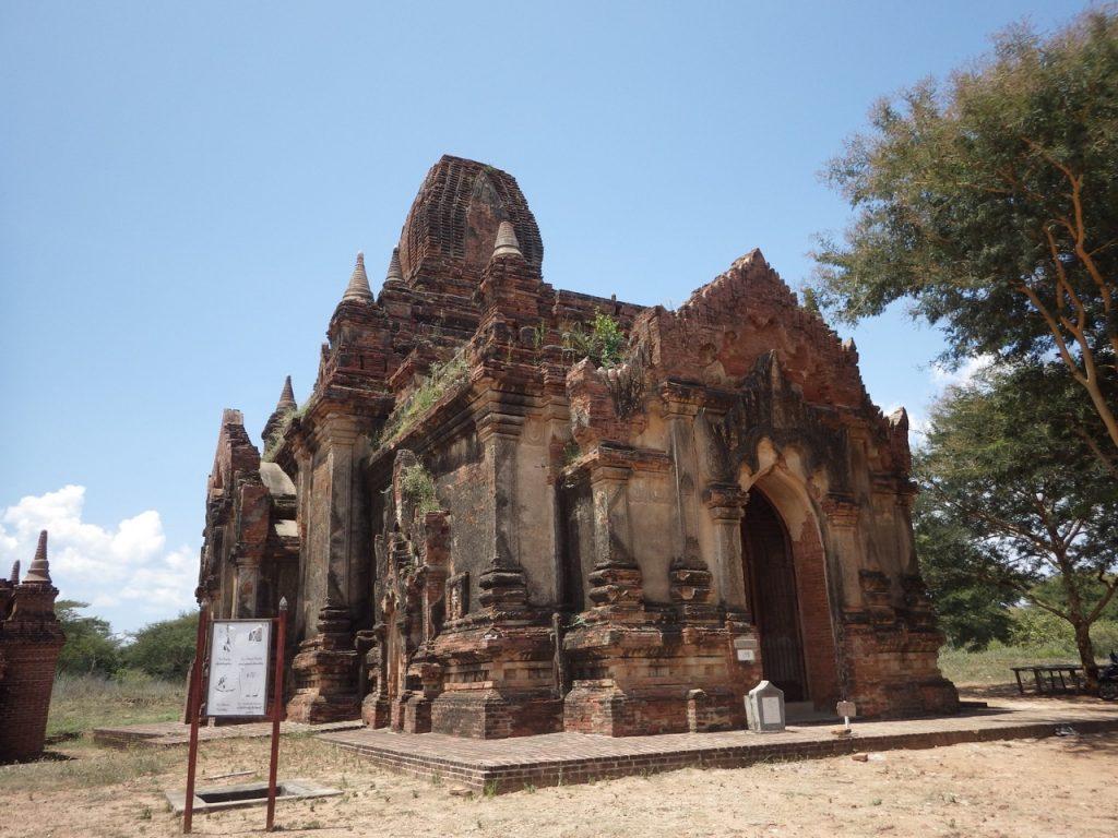 名称不明な寺院
