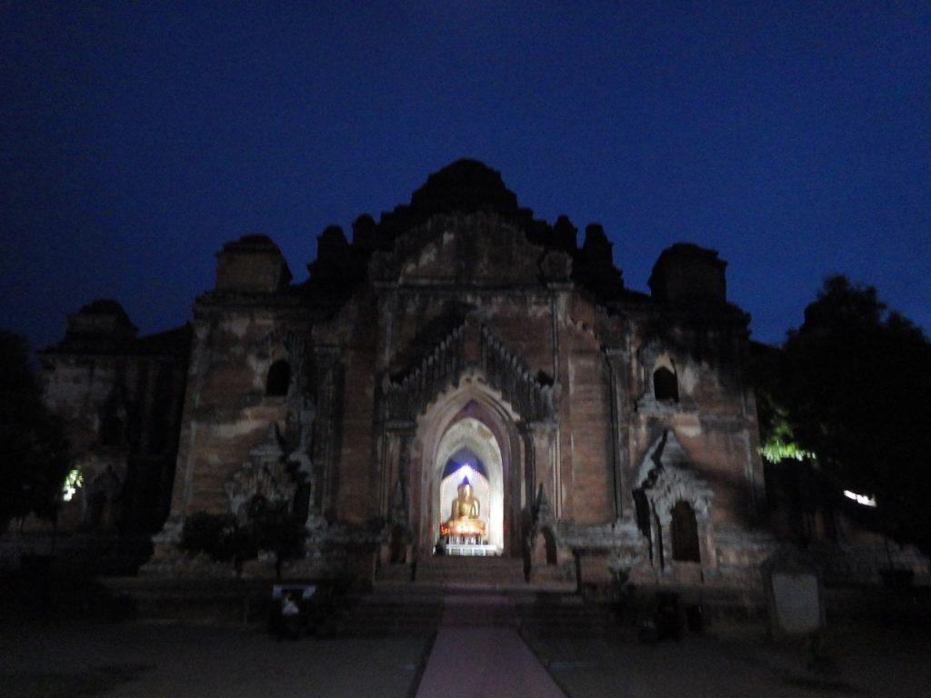 Dhammayangyi Templeダマヤンヂー寺院